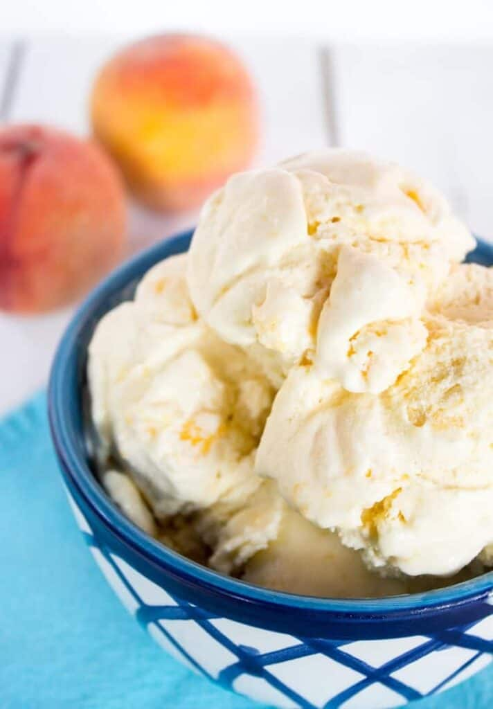 Old Fashioned Peach Ice Cream