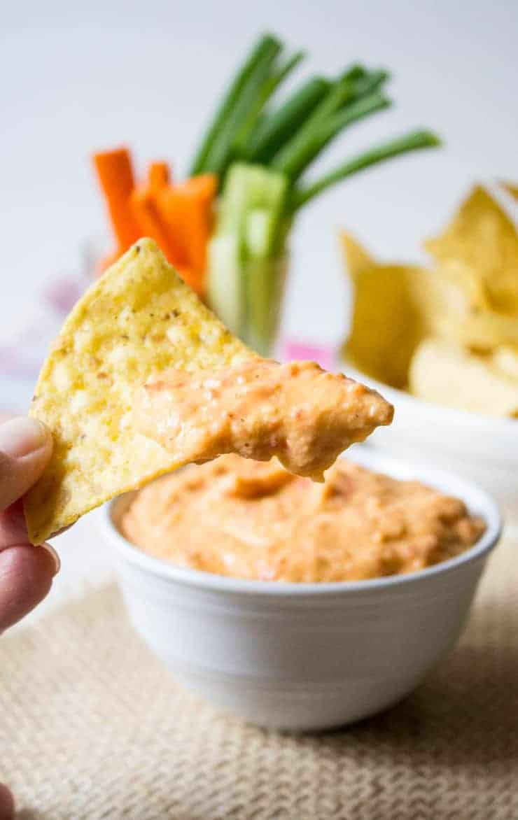Roasted Red Bell Pepper Hummus beyondthechickencoop.com