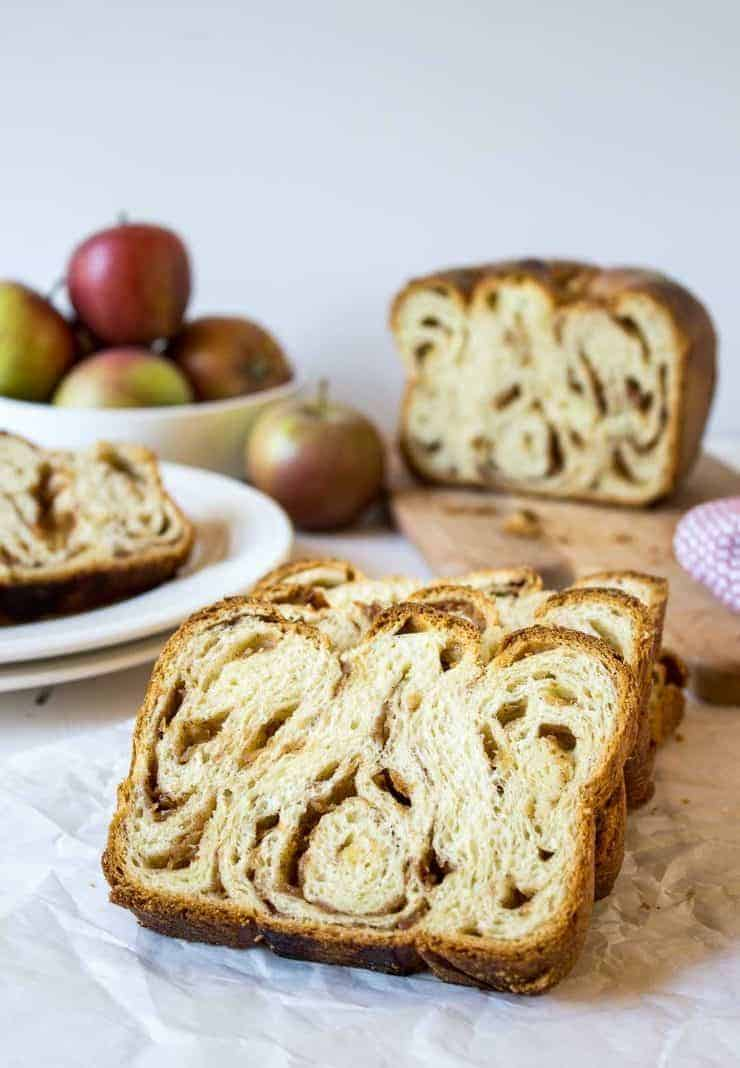 Apple Cinnamon Babka