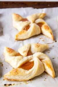 Apricot Puff Pastry Pinwheels