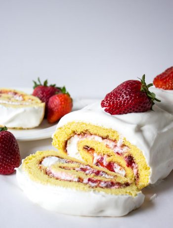 Fresh strawberries take center stage in this impressive strawberry roll cake.