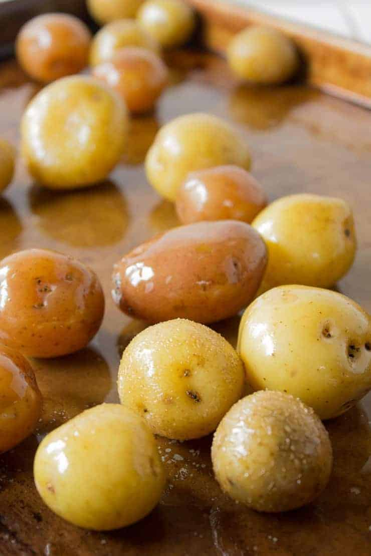 Baby potatoes boiled and covered with olive oil.