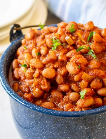 A blue pot filled with Santa Maria Beans.