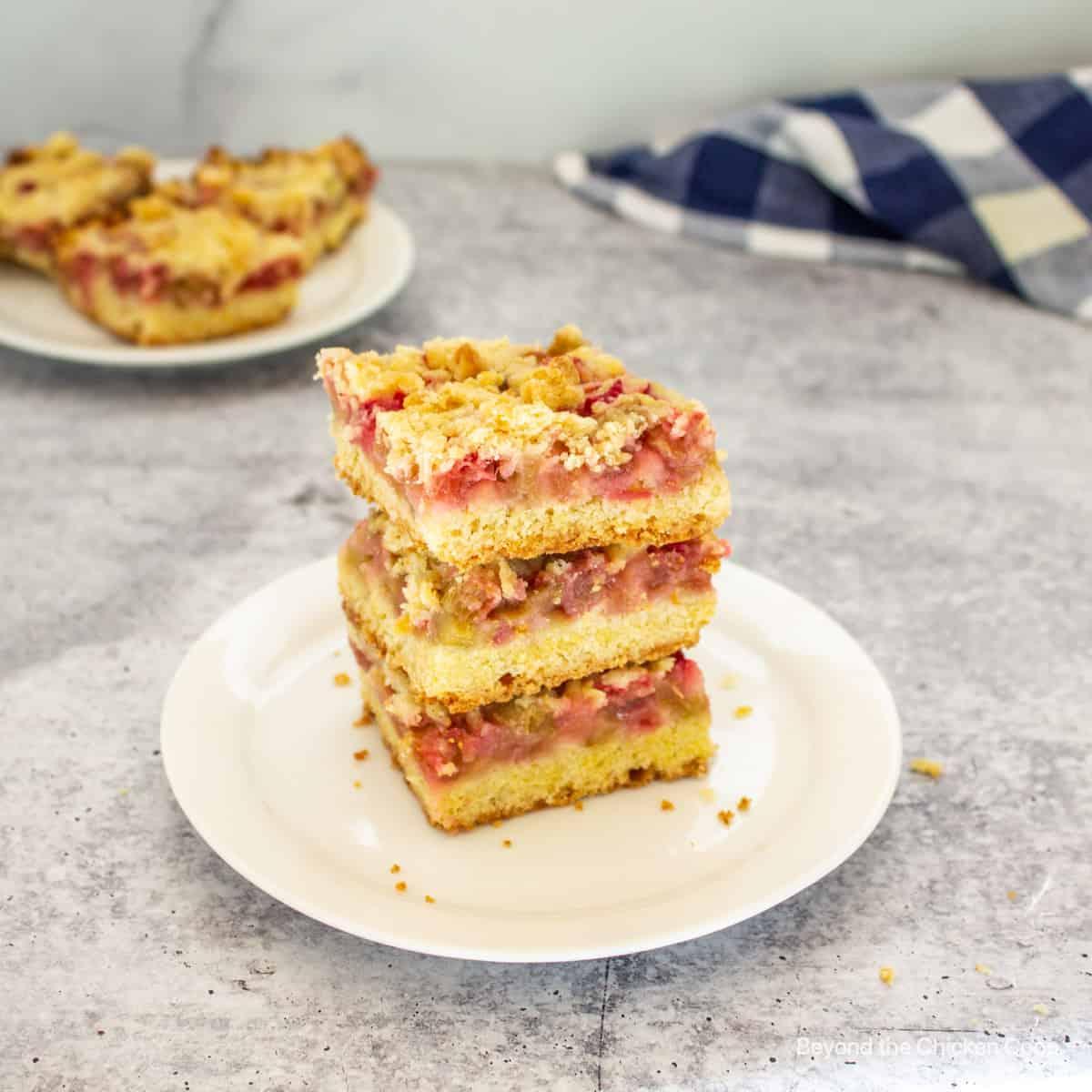 A stack or rhubarb bars.